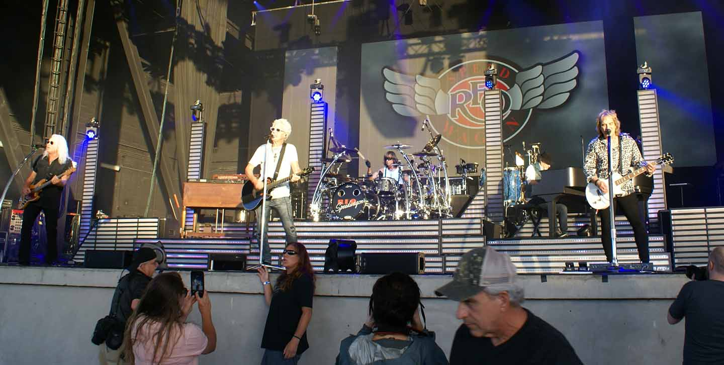 Chicago REO Speedwagon image 3