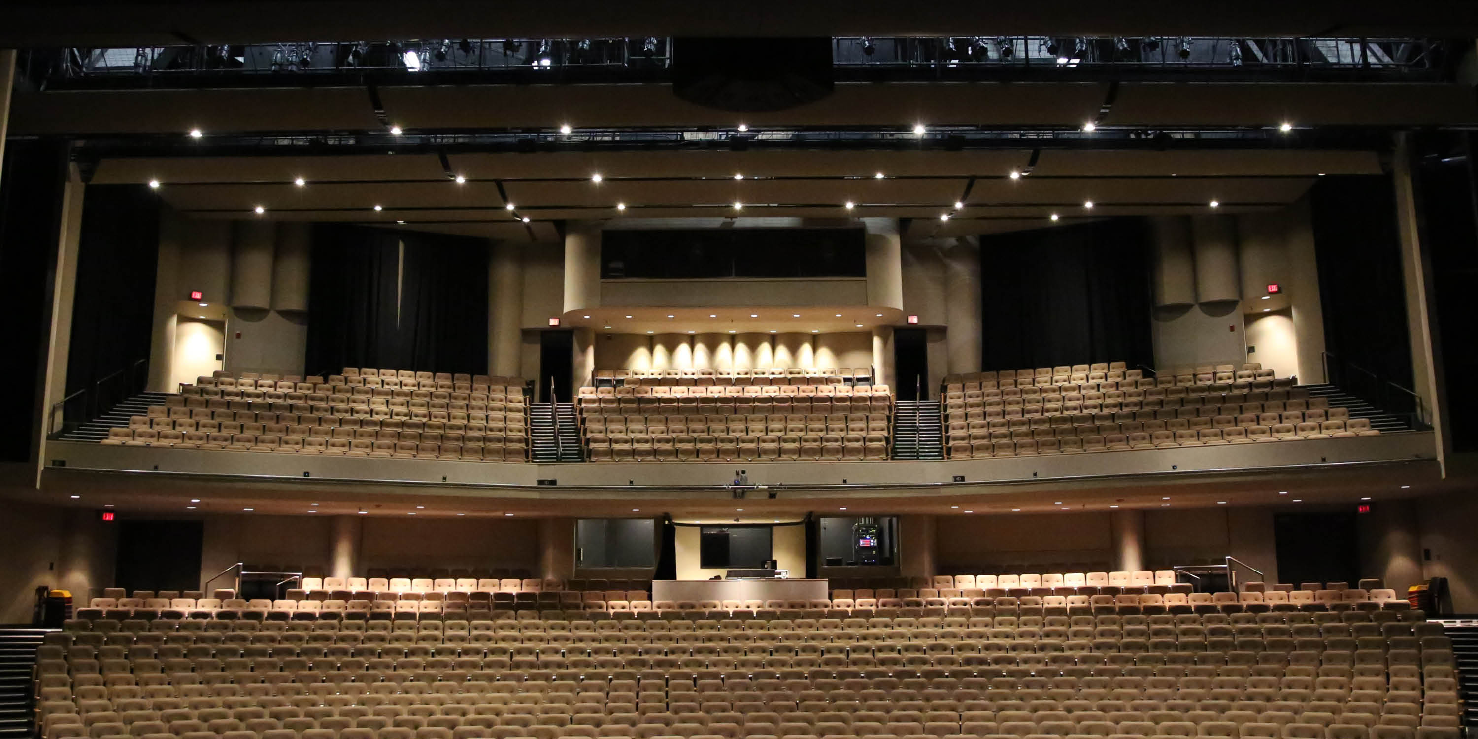 an analysis of wind symphony performed at walton arts center in baum walker hall Upcoming shows - week of 12/01/2013 for little rock.